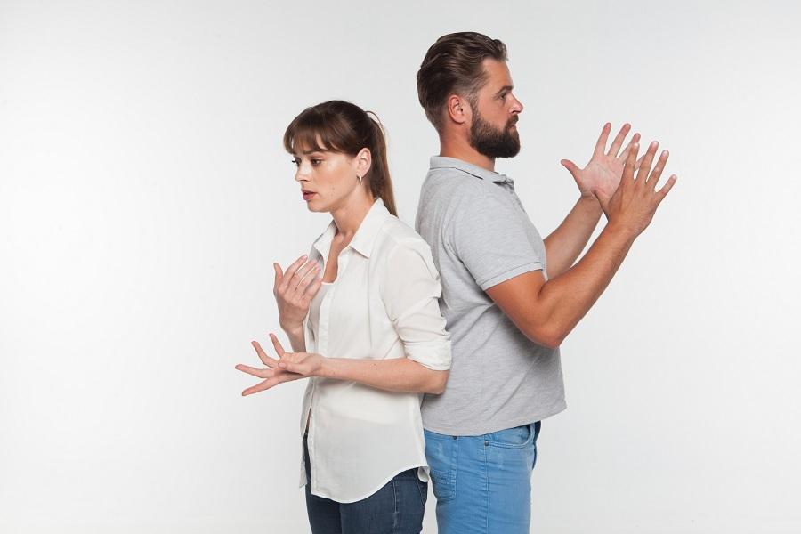 夫婦喧嘩がヒートアップしそうな時は「あとで話す」