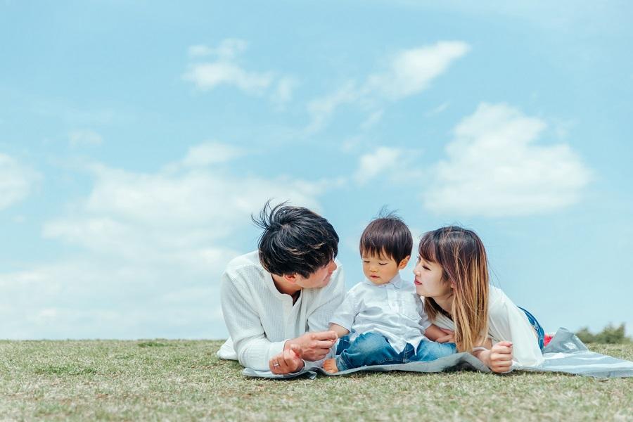 パパたちの8割が「男性の育休義務化」に賛成!